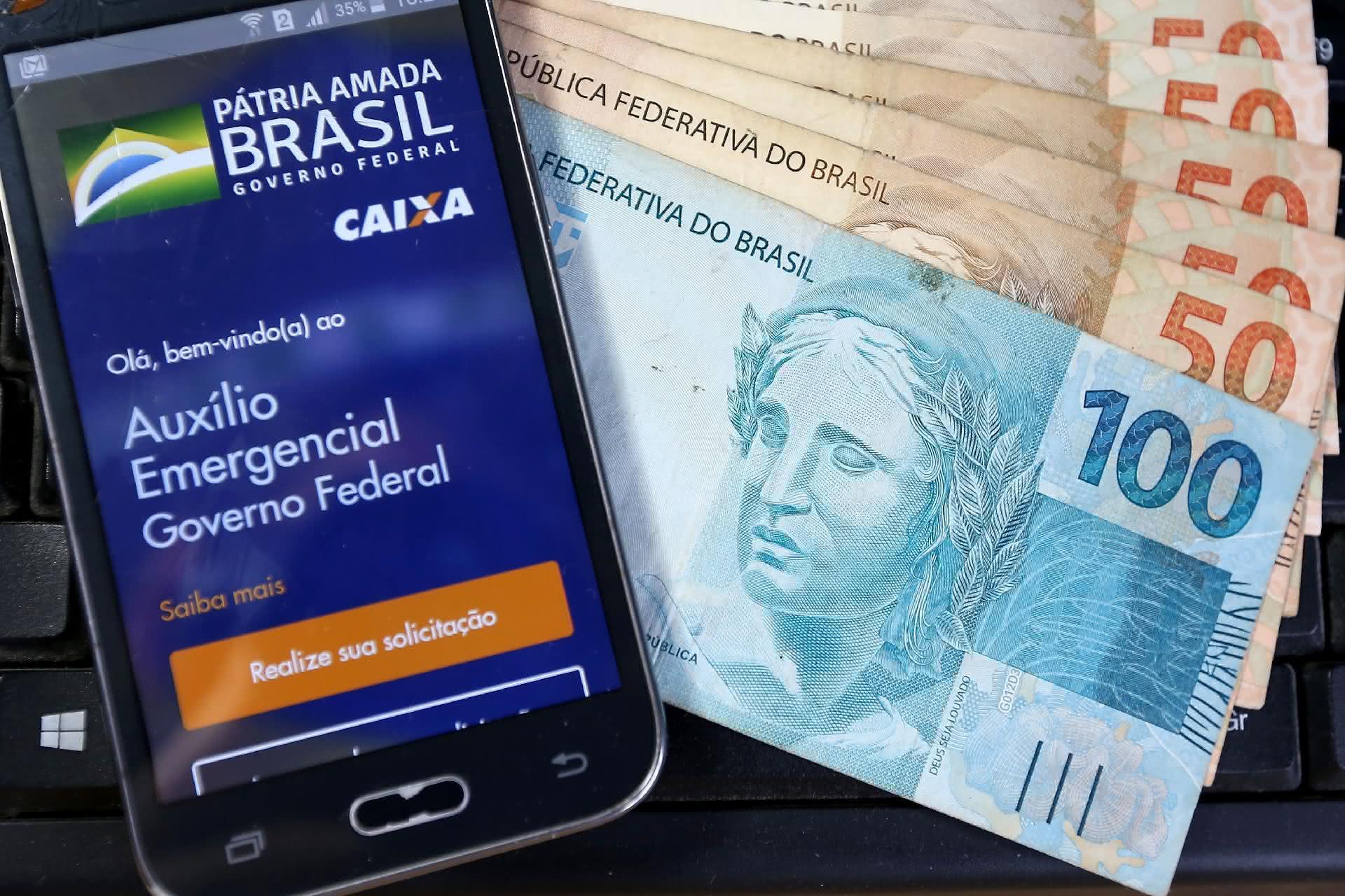 Quarta parcela do auxílio emergencial para beneficiários do Bolsa Família já começou a ser paga; Saiba mais.