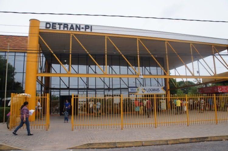Detran-PI anuncia novidades para motoristas que compraram veículos durante a pandemia
