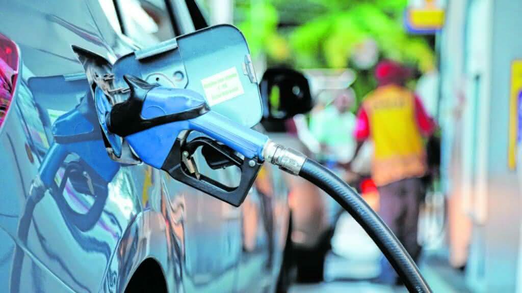 Gasolina mais cara! Petrobras anuncia reajuste dos preços do combustível em todo o país