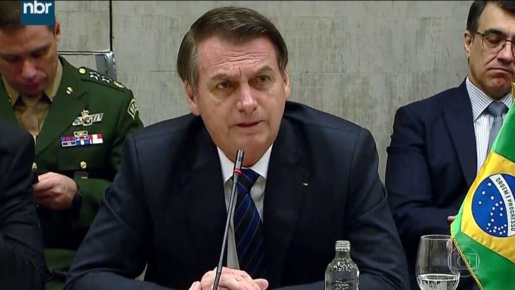 Projeto Governo Bolsonaro 2021 vai investir mais em Defesa do que em educação, revela especialistas