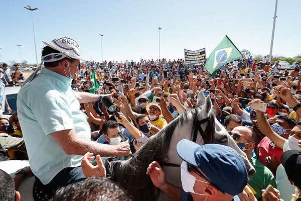 A visita de Bolsonaro ao Nordeste que causou tumulto e repercussão