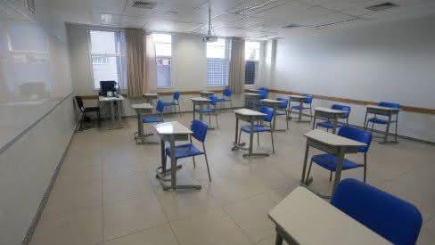 Pernambuco avança e inicia aulas presenciais nesta segunda (17)