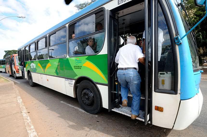 Liminar aprova permissão de transporte gratuito aos idosos do Piauí nesta quarta (20)