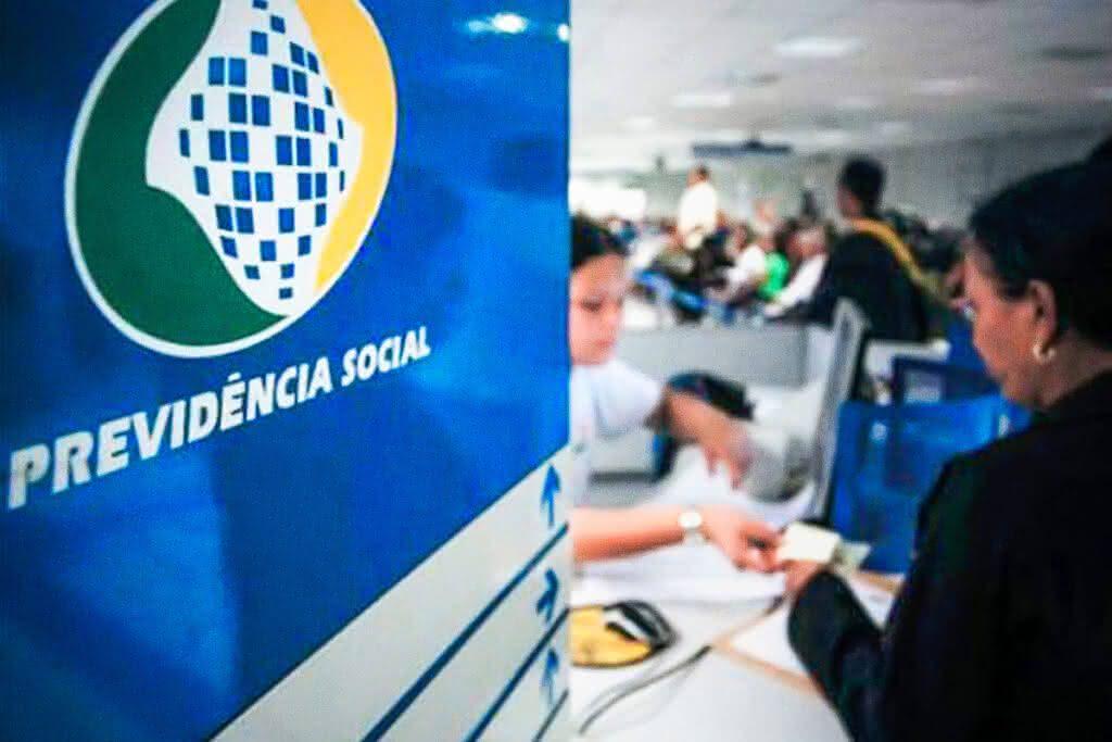 Juiz Federal e defensoria pública proibem o INSS de suspender benefício de seringueiros no Acre