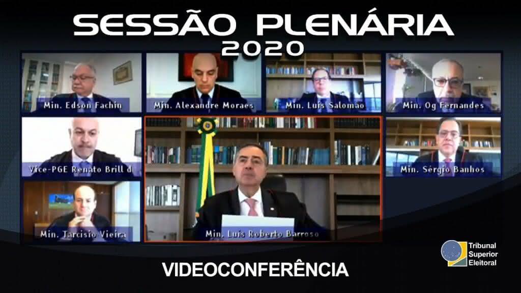 Eleições 2020: TSE proíbe a participação de pré-candidatos em 'livemício'; entenda o motivo