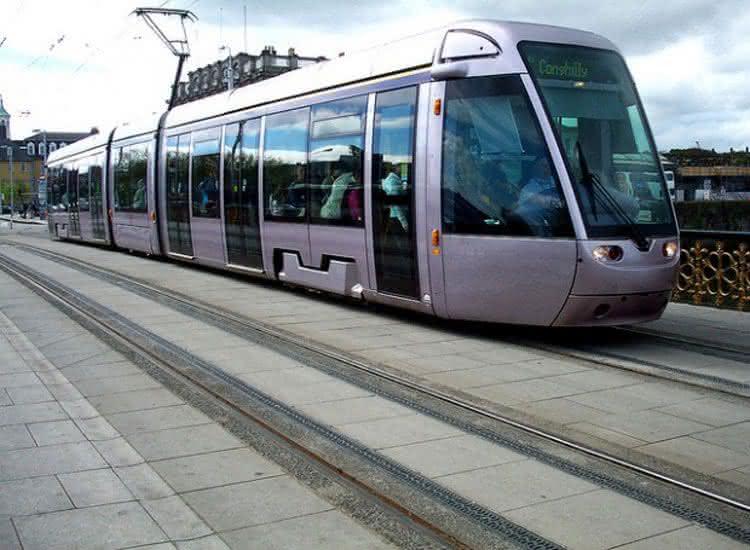 Depois de 5 meses suspenso, população reclama e pede retorno do metrô em Teresina-PI