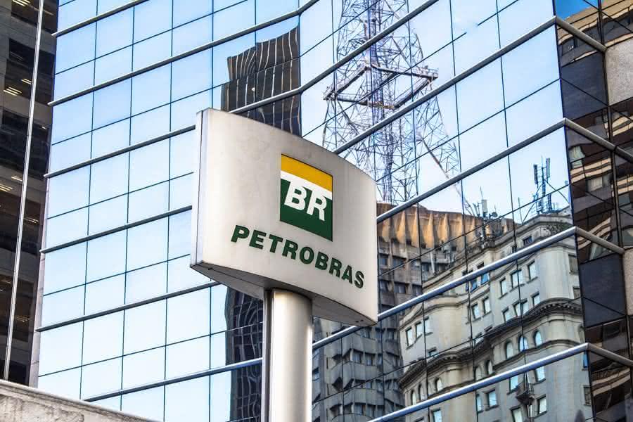 Possível venda da Petrobras pode colocar em risco mais de 5 mil empregos no RN