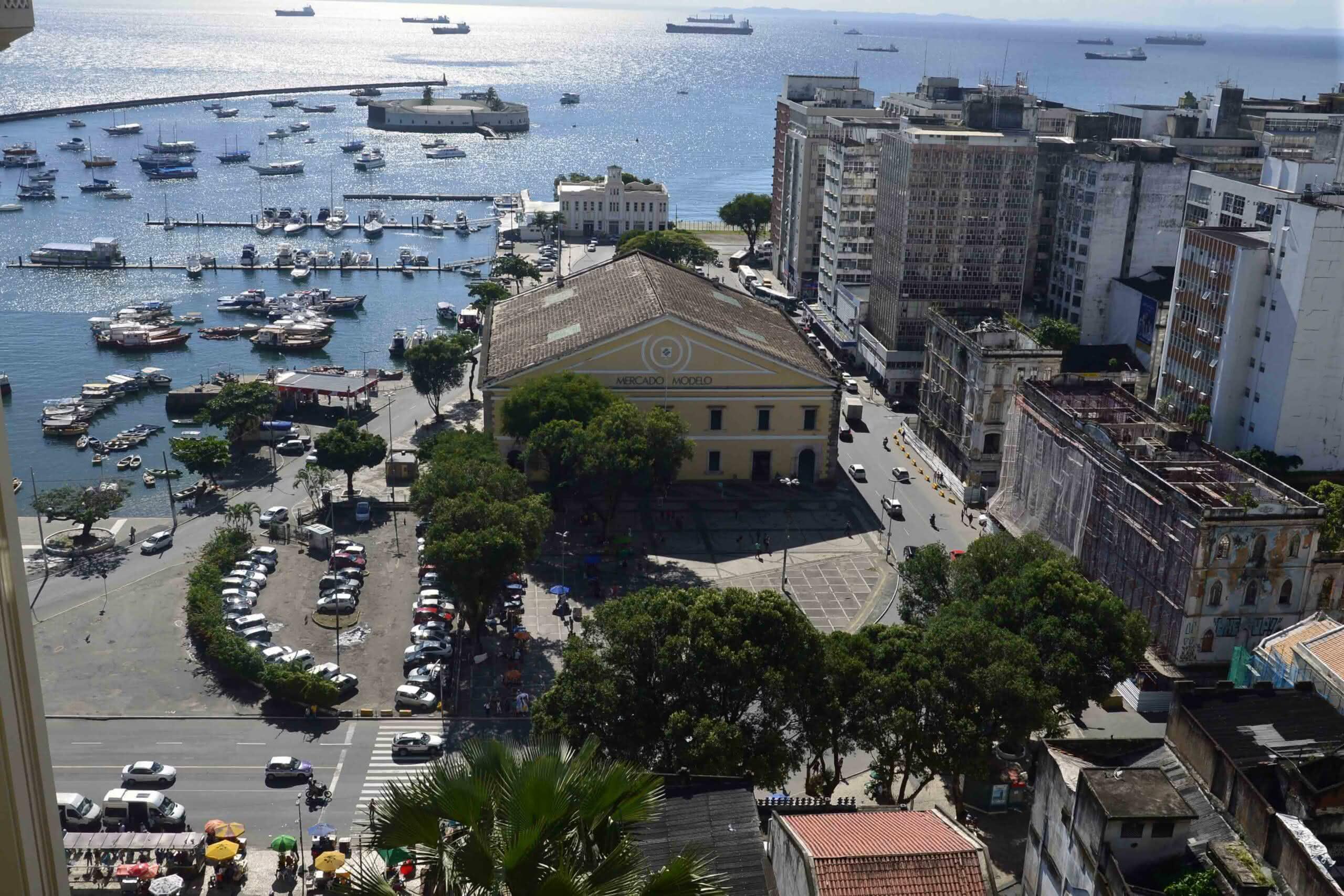 Salvador avança e vai para segunda fase de flexibilização do comércio; confira