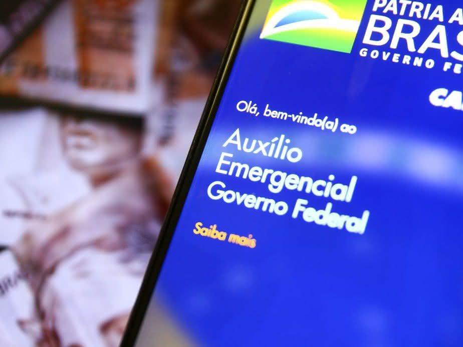 Auxílio emergencial de R$ 300: Veja QUEM vai receber até dezembro de 2020 (Foto: Reprodução/Google)