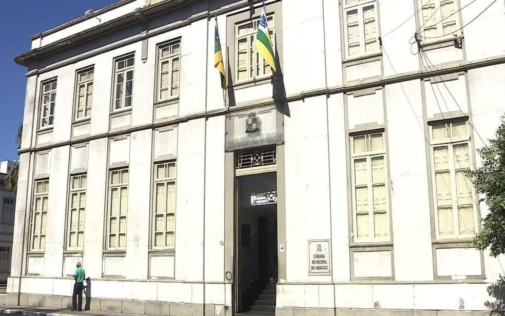 Câmara de Aracaju-SE reabre processo seletivo com mais de 50 vagas de emprego