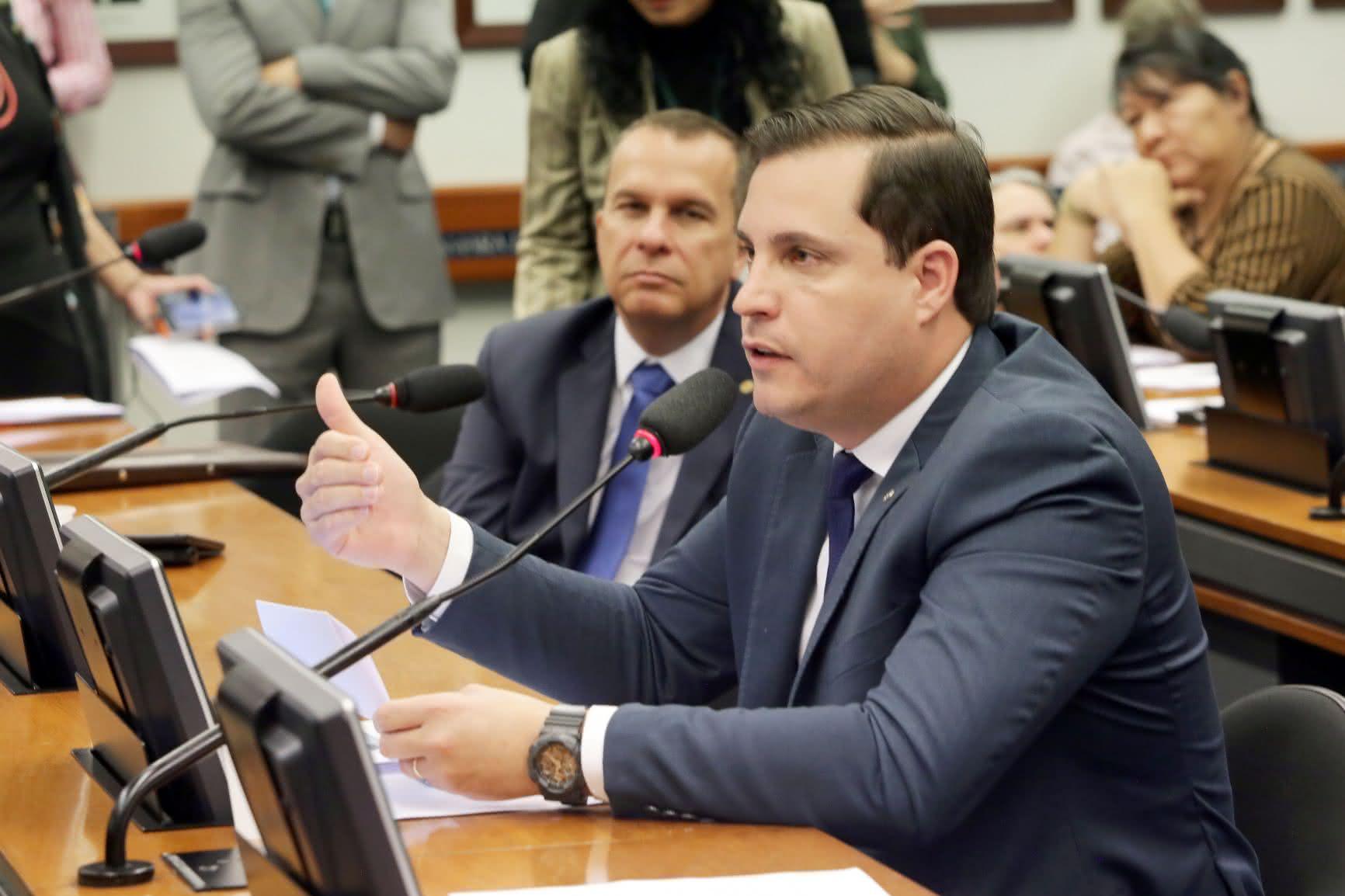 Bolsonaro nega apoio a Nicoletti e garante neutralidade nas eleições 2020 em RR