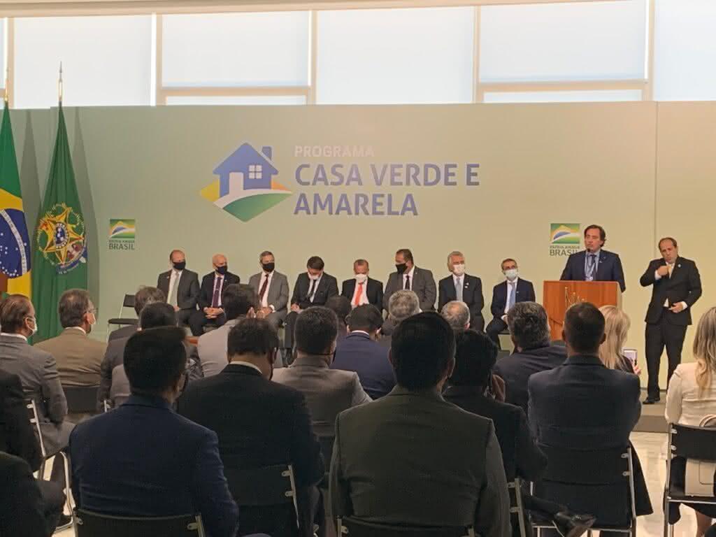 """""""Menor taxa de juros na história"""" afirma o Ministro Rogério ao falar do Casa Verde e Amarela"""