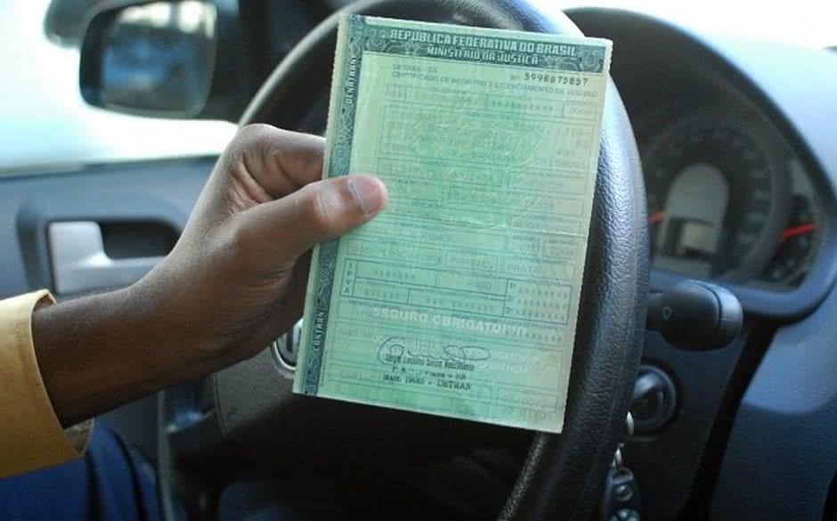 IPVA sem multa: Veja prazo para pagamento do imposto com final 9 e 0 em Salvador-BA