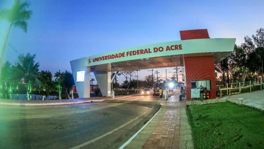 Universidade Federal do Acre divulga calendário de aulas e disponibiliza auxílio para estudantes