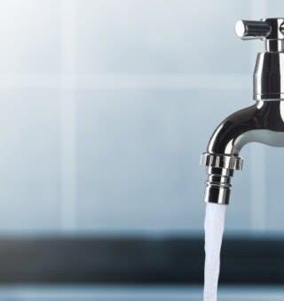 Conta de água fica 4,4% mais cara após reajuste de tarifa em Natal